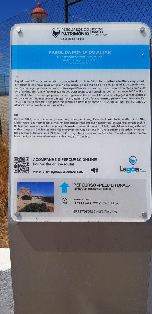 La imagen tiene un atributo ALT vacío; su nombre de archivo es Farol-da-Ponta-do-Altar-1-506x1040.jpg