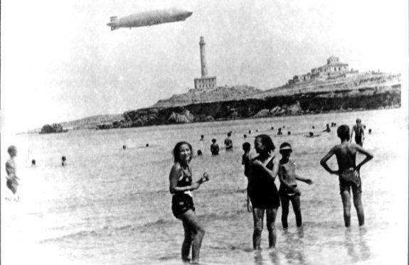 La imagen tiene un atributo ALT vacío; su nombre de archivo es zeppelin.jpg