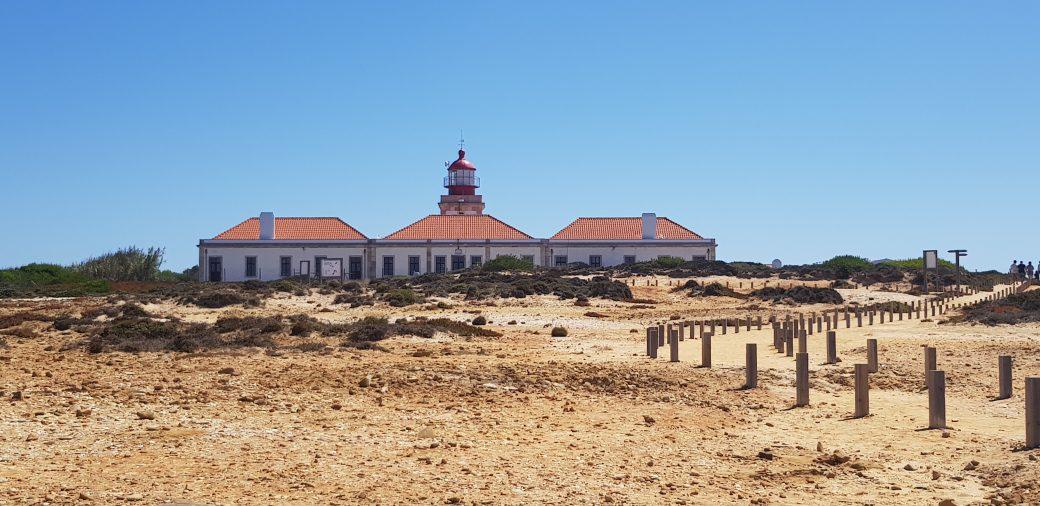 La imagen tiene un atributo ALT vacío; su nombre de archivo es Cabo-Sardao-9-1040x506.jpg