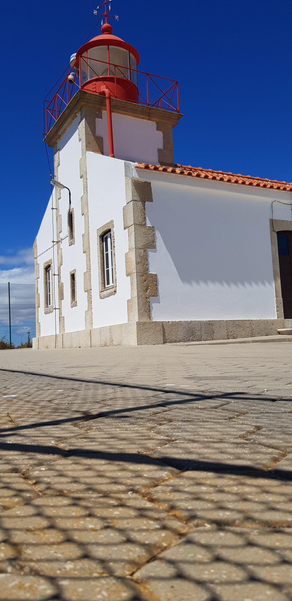 Os Faróis portugueses por Arual. Farol da Ponta do Altar (2ª parte)