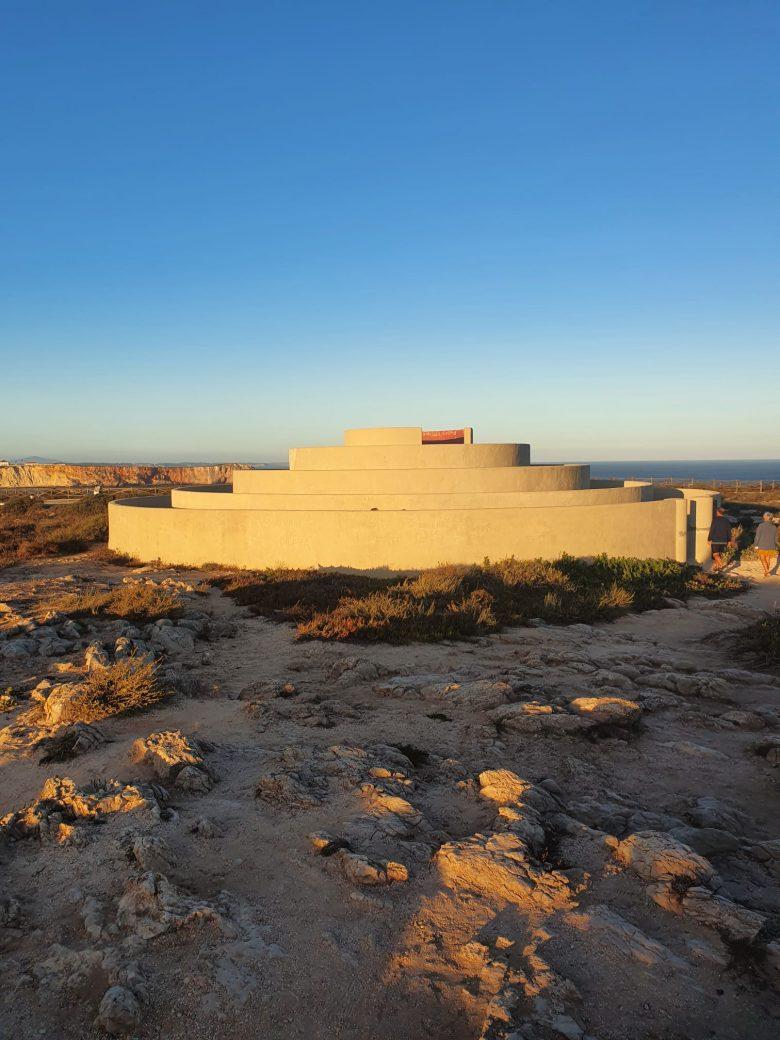 La imagen tiene un atributo ALT vacío; su nombre de archivo es Fortaleza-Sagres-780x1040.jpg