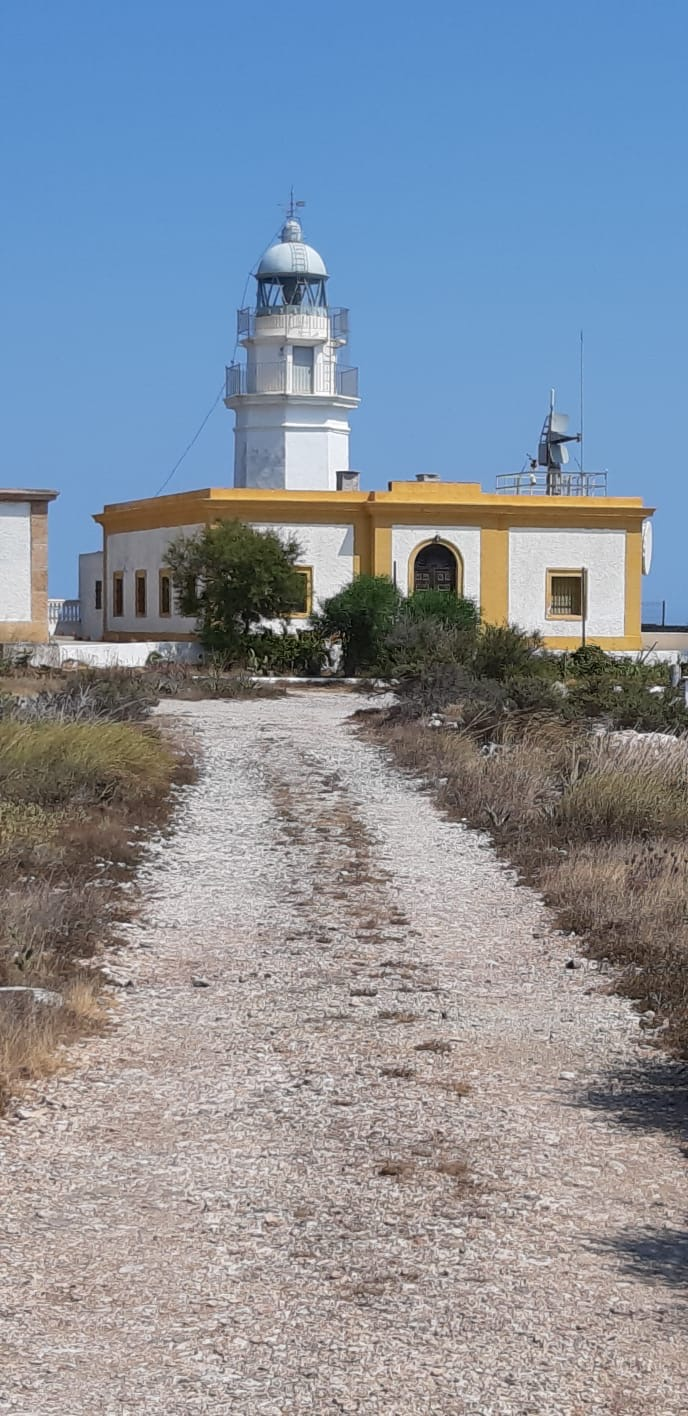 De faros por Almería
