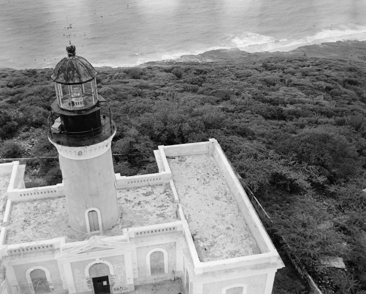 Faro de Isla Caja de Muertos (Puerto Rico)