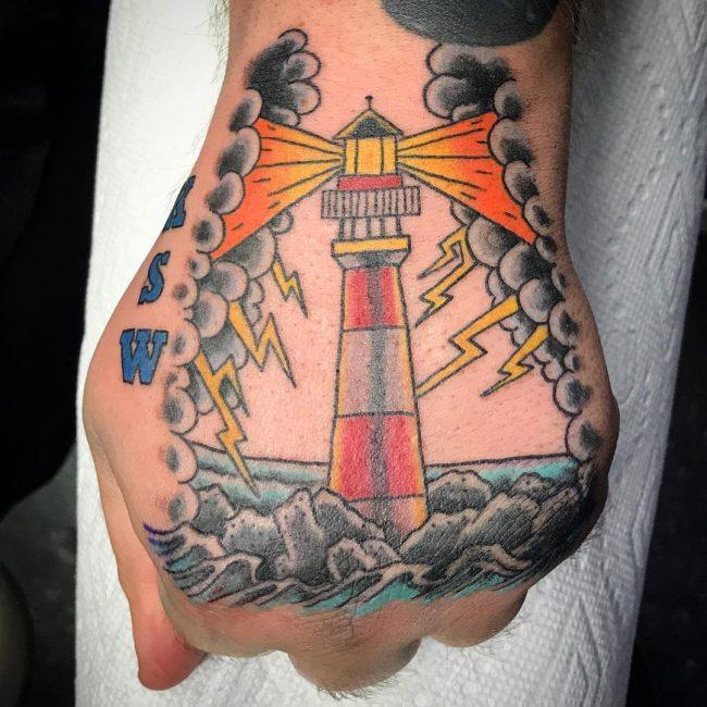 Tatuajes de faros (4ª entrega)
