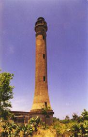 La imagen tiene un atributo ALT vacío; su nombre de archivo es Navassa-Island-Light.jpg