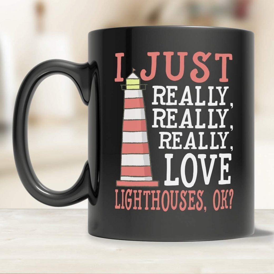 La imagen tiene un atributo ALT vacío; su nombre de archivo es cup-love-lighthouse-1040x1040.jpg