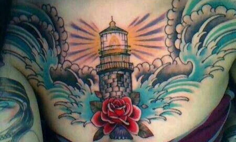 Tatuajes de faros (3ª entrega)